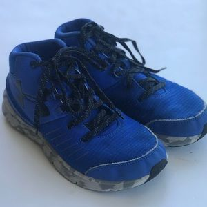 Boys Under Armour Basketball Sneakers